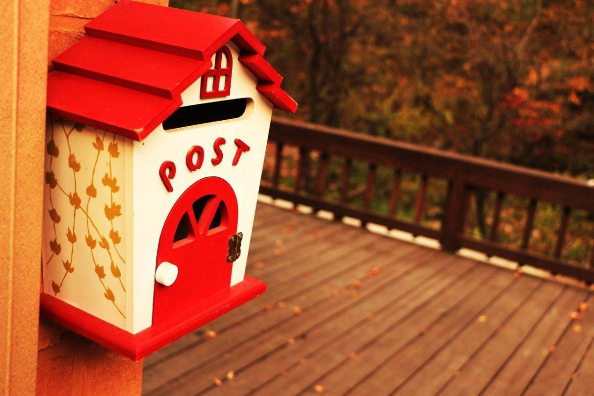引っ越し祝いを郵送で贈るタイミングやおすすめの郵送方法などまとめ