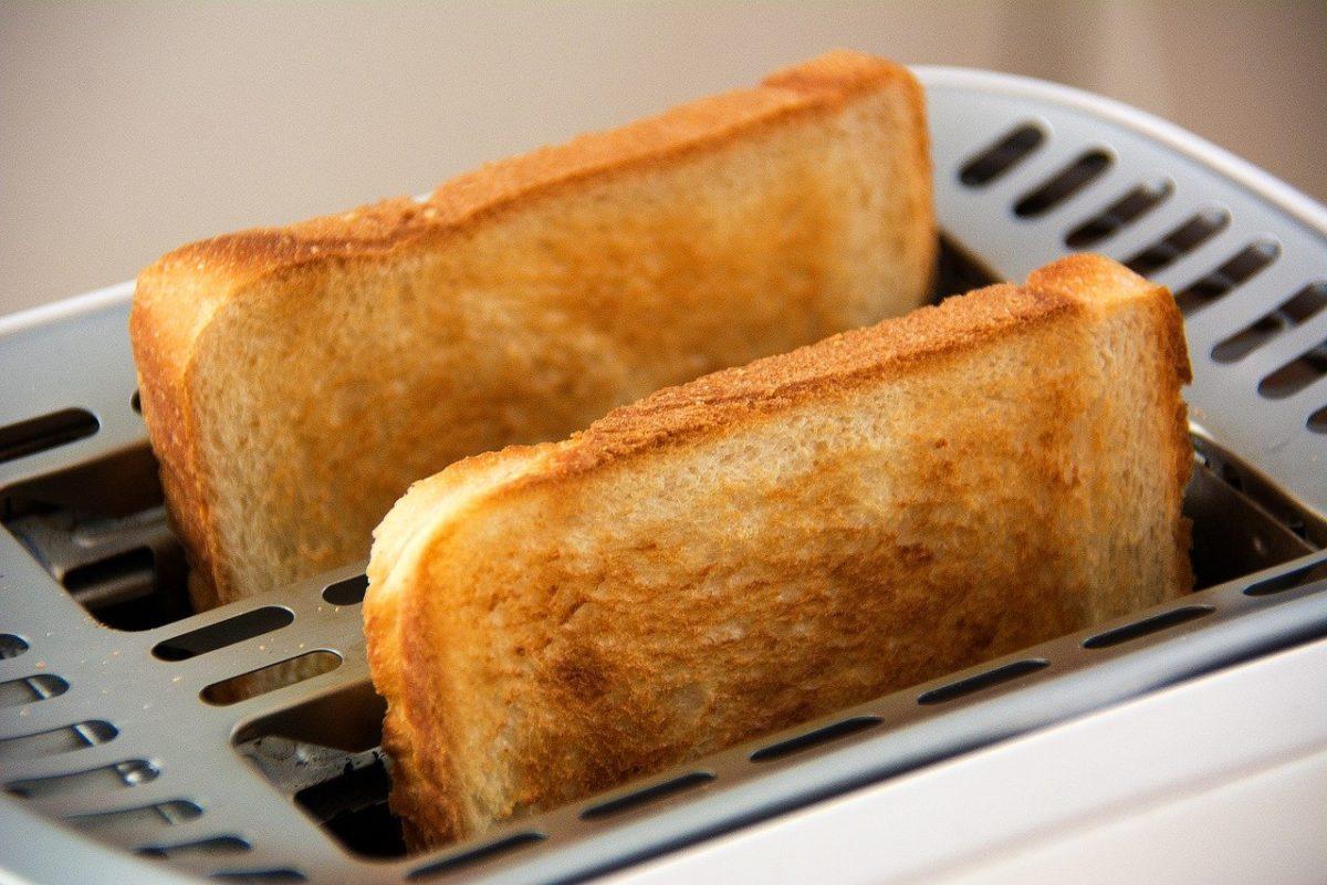 引っ越し祝いでおすすめのトースター3選!
